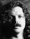 Scott McKenzie, sois sûr que mettrons des fleurs dans nos cheveux