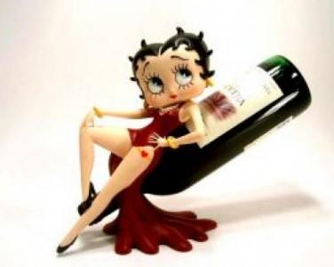 p.figurine-betty-boop-avec-bouteille-de-vin.4385
